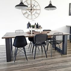 Blue Chair Aesthetic - Long Chair Photography - Cheap Chair Rail Ideas - - - Chair For Bedroom Round Kitchen Chairs, Dining Chairs, Dining Table, Living Room With Fireplace, Living Room Chairs, Round Sofa Chair, Egg Chair, Swivel Chair, Deco Studio