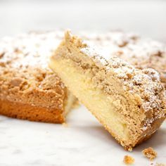 French Sponge Crumb Cake from Carlos Bakery No Cook Desserts, Health Desserts, Delicious Desserts, Dessert Recipes, Health Foods, Buddy Valastro, Chocolate Chip Recipes, Mint Chocolate Chips, Brownies