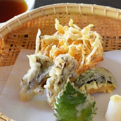 Vegetable Tempura included vegetarian course Eggs are not used in this dish  野菜天麩羅 ベジタリアンコースの一品 卵は使用しておりません