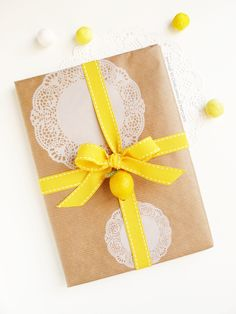 Lemon package with doilies wrapping paper