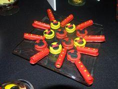 Mini cuchuflis y mini alfajores decorados