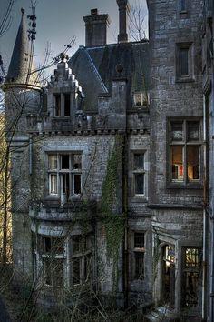 Övergivet slott i Irland.