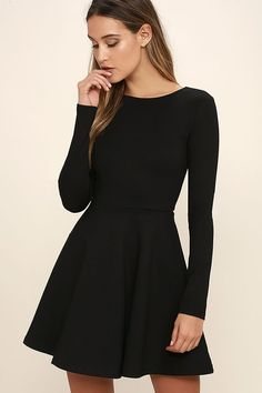 Black Dress With Sleeves http://www.top-dresses.com/black-dress-with-sleeves-1717/