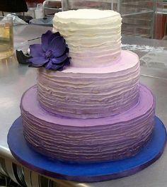 Purple Wedding Cake Ideas   Wedding Cakes Pictures