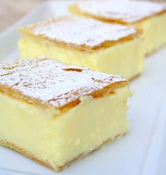 Magic Custard Cake Vanilla Slice - like a vanilla custard pie bar. (Reminds me of a Rum Cake that a local bakery once made. Yellow cake on the bottom {soaked with rum simple syrup}, a layer of custard and filo pastry top. Brownie Desserts, Just Desserts, Dessert Recipes, Recipes Dinner, Breakfast Recipes, Yummy Treats, Sweet Treats, Yummy Food, Dessert Bars