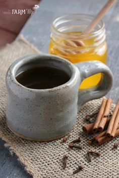 Cinnamon Tea Recipe Yield: approximately 1 1/2 cups (1 serving)  10 grams dried slippery elm bark 10 grams dried marshmallow root 8 grams dried cinnamon chips (or 1 1/2 whole cinnamon quills broken into small pieces) 5 grams dried orange peel* 3 whole cloves honey, to taste (optional)
