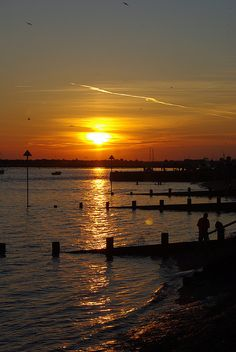 Leigh sunset, Essex,UK by Whipper Snapper