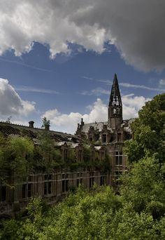 Steeple - Photo of the Abandoned Château de Mesen