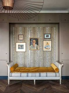 apartamento de estilo frances cama sofa
