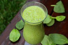 Creamy Pear & Greens Smoothie (matcha powder, skip seeds)