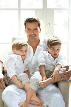 Ricky Martin and twins Matteo and Valentino (b. Aug. 2008)