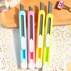 Colorful Mini Cutter Students Utility Knife Snap Off Retractable Razor Blade Knife Stationery Wholesale 00801