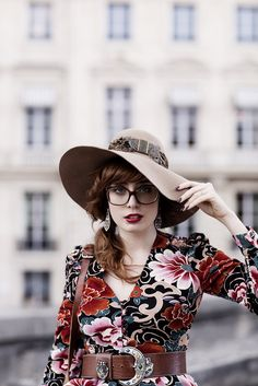 Miss Pandora - Louise Ebel Louise Ebel, Pandora, Modern Fashion, Fashion Design, Beautiful Women Pictures, Girls With Glasses, Unique Outfits, Hats For Women, Preppy