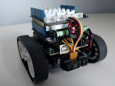Arduino 101 powered autonomous robot!