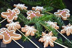 Turta dulce - CAIETUL CU RETETE Gingerbread Cookies, Deserts, Sweets, Blog, Christmas, Cake, Noel, Gingerbread Cupcakes, Xmas