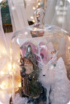 Christmas Vignette under a cloche!!! Bebe'!!! Love this Santa and tree under the cloche!!!