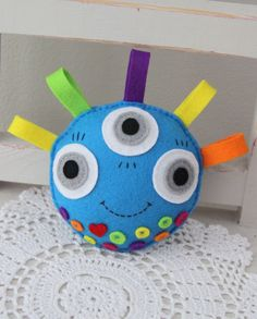 Free Felt Monster Patterns | softie , monster , felt toy