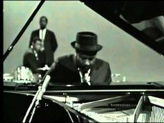 T.Monk, pianiste