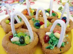 We have the best Easter Baskets recipes. Just A Pinch has quick, simple, easy to make recipes for Mini Easter Baskets. Get real recipes from real home cooks. Cookies For Kids, Easter Cookies, Easter Treats, Crazy Cookies, Easter Food, Easter Bunny, Easter Recipes, My Recipes, Cooking Recipes