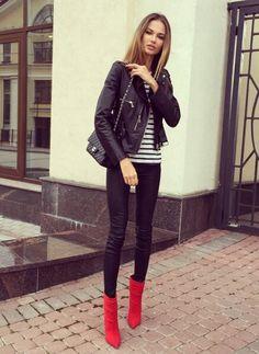 sydneys best fresh news and media Fashion Books, Paris Fashion, Winter Fashion, Chic Outfits, Fashion Outfits, Womens Fashion, Jean Outfits, Masha Trotsko, Street Chic