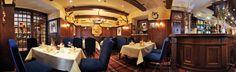Jagdstube - erstrahlt in neuem Glanz im Hotel Salzburger Hof Restaurant Bar, Restaurants, Chandelier, Ceiling Lights, Lighting, Home Decor, Sparkle, Candelabra, Decoration Home