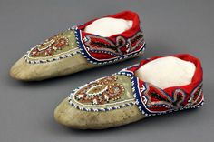 Anishinabe,Chippewa or Ojibwa  moccasins