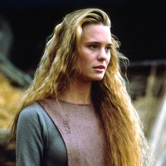 Robin Wright Penn as Buttercup from The Princess Bride likened to her in late teens/early twenties .(it was the hair .i had same hair circa 19 years old).The Princess Bride Robin Wright Princess Bride, The Princess Bride Cast, Princess Bride Costume, Buttercup Princess Bride, Robin Wright Young, Real Life Princesses, Ella Enchanted, For Elise, Cary Elwes