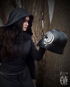 Femme Kylo Ren from Star Wars: The Force Awakens Cosplay. Thus is what I'm doing