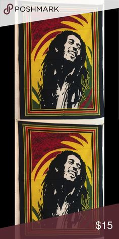 Smiling happy face bob marley wall hanging Smiling Bob Marley Happy face Wall Hanging are appx 42 by30 Accessories