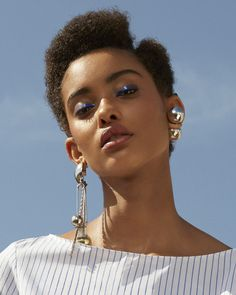 Jewelry by brand – Fine Sea Glass Jewelry Black Girls Rock, Black Girl Magic, Marie Claire, Natural Hair Styles, Short Hair Styles, Color Your Hair, Portraits, Afro Hairstyles, Beautiful Black Women