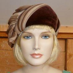 ViNtAgE 1950s Brown silk Velvet HAT,Pillbox,TURBAN,Cloche,Beret