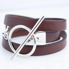 Bracelet cuir triple tour marron cognac et fermeture par anneau fin et large