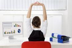 Ejercítate en la oficina con estas rutinas - Notas - La Bioguía