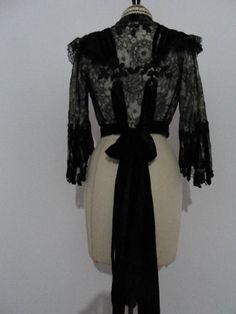 Exquisite lace bodice