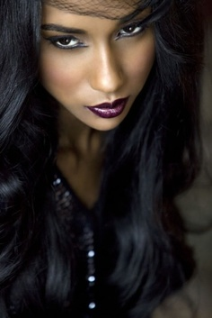 Fashion makeup (berry lips on darker skin tone)