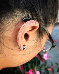 Helix Tattoo Ear, Inner Ear Tattoo, Dope Tattoos, Body Art Tattoos, Ear Tattoos, Face Tats, Celtic Dragon Tattoos, Abstract Tattoo Designs, Tatoo