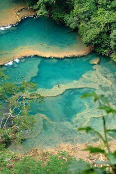 Las piscinas naturales más increíbles del mundo Semuc Champey, Guatemala #Vacay