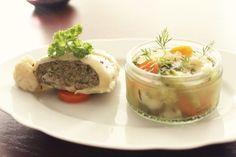 Maultaschensuppe mit Gemüse und Kräutern