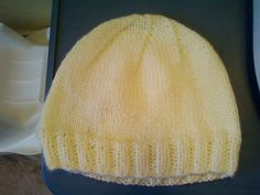 Ravelry: Simple Knit Hat pattern by Chelsea Hathaway