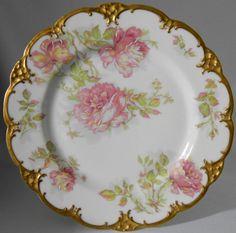 HAVILAND LIMOGES DINNER PLATE - HUGE ROSES & GOLD