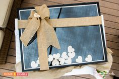 Grab, sign and drop! @kennethwingard makes a brilliant #wedding guest book!