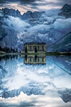 Misurina Lake, Sorapiss Peaks and the Dolomites, italy
