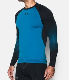 Men's UA Purestrike Grippy Fitted Long Sleeve, BRILLIANT BLUE, zoomed image