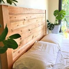 Build a beautiful wood DIY headboard: detailed tutorial & free plans for twin, queen & king size headboard. Lots of tips on woodworking & natural finishes. A Piece of Rainbow Cheap Diy Headboard, Diy Headboards, Wood Headboard, Headboard Ideas, Cool Diy, Easy Diy, Transfer Images To Wood, King Size Headboard, Diy Greenhouse