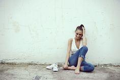 Encaje www.absolutelyberta.com #blogsmoda #fashionblog #lookbook #converse #zara #boyfriendjeans #streetstyle #vila #croptop
