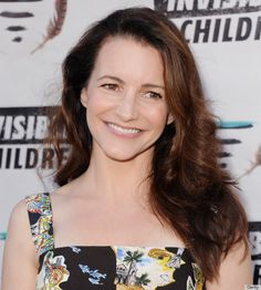 """""""I say this to every young person I know: Stay out of the sun! I have very fair skin and it would have been super-damaged. I always wear #sunscreen!"""" #KristinDavis"""