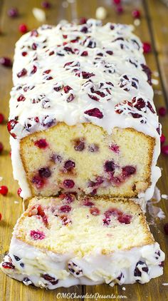 Cranberry Pound Cake – Cheap Authentic & Healthy Christmas Party Dessert Recipe - Easy Idea