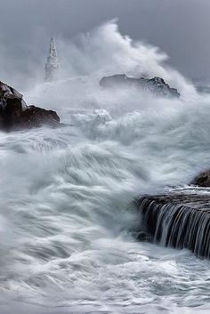 Superb oceanside photo using a slow shutter speed