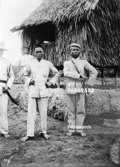 Rebel soldiers who fought in the Philippine-American War which began in 1890 and officially ended two years later, although guerilla warefare continued until Philippines, South East Asia, date unknown. (Photo by Fotosearch/Getty Images). The Spanish American War, American History, Military Men, Military History, Philippine Army, Treaty Of Paris, Filipino Fashion, Boxer Rebellion, World Conflicts