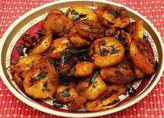 Bhojana Recipes: Easy to make Raw Banana / Plantain Curry